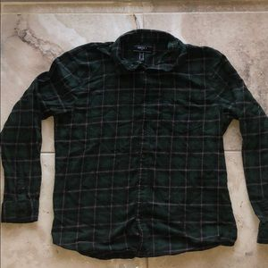 NWOT Forest Green Plaid Flannel Short Top Red